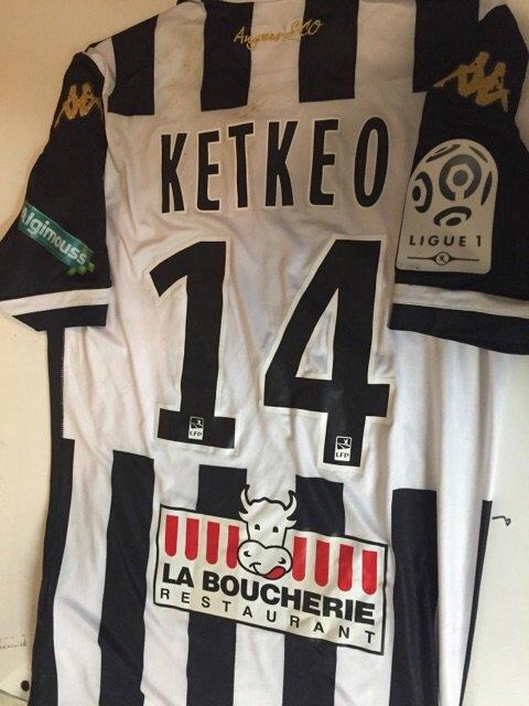 Maillot porté par Billy Ketkeophomphone lors du derby face au FC Nantes
