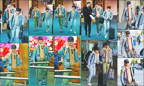 .12.02.18 ▬ Grant Gustin en compagnie de sa future femme arrivaient à l'aéroport de Vancouver !  Tenue Jean assortit pour les deux amoureux, j'aime beaucoup le style de la  veste de Grant qu'il porte tout le temps, un petit top Vos Avis? .