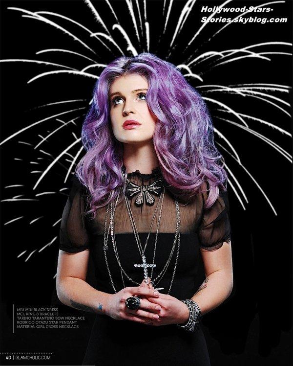 Le photoshoot de Kelly Osbourne pour le magazine Glamoholic.