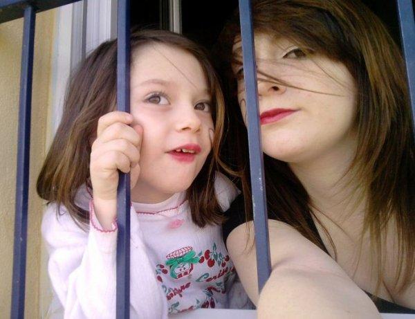 La famille quoi de plus important ♥. Petite soeur , celle qui auras toujours la plus grande place dans mon coeur . Celle que j'aime le plus au monde ♥♥