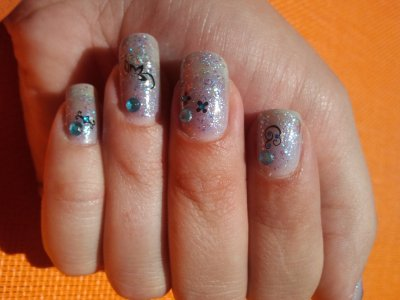 nail art sur OPI de katty perry