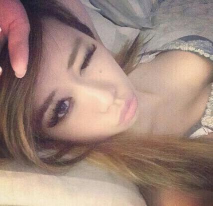 Posez dans mon lit ^^