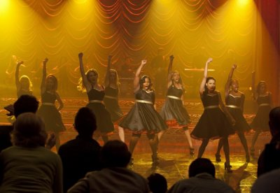 Glee Regionales  / Glee - What doesn't kill you (Stronger) (2012)