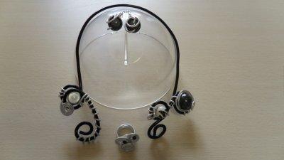 câble noir 4mm perlé,parure 3 pièces