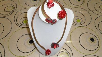 parure 3p  rouge spirales  3mm avec burna cord  marron déco boule herisson