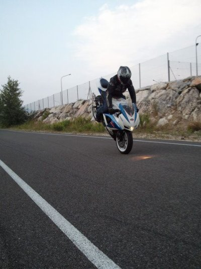CHRIST AIR ,  STOPPIE , 2011