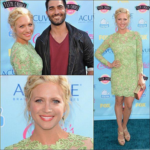 . 11.08.2013 Brittany était aux Teen Choice Award 2013.  As-tu aimé sa tenue ?  .