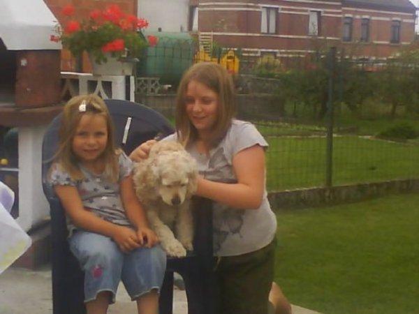 ma besta-sa soeur et son chien