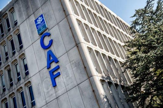 La digue des CAF est sur le point de rompre