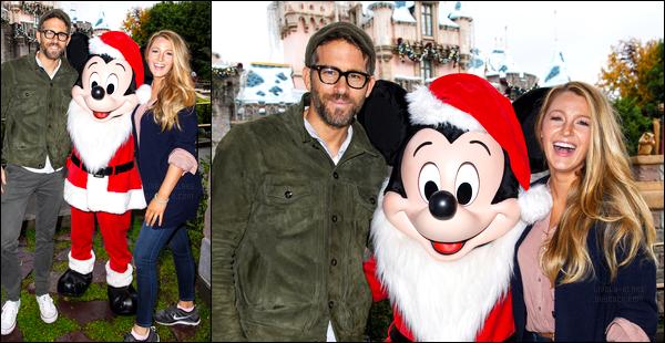 16.12.2016 ─ Blake Lively était présente à Disneyland pour célébrer les deux ans de James, étant, à Los Angeles.Nous avons que deux photos de cette sortie, j'en rajouterais si d'autres apparaissent. Le couple a posé avec Mickey, ils sont adorable, j'adore ! Top.
