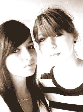 """""""Louise & Léa """" c'était marqué sur nos bras mais sa restera gravé dans nos coeur."""