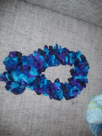 noir bleu. bleu turquoise et violet