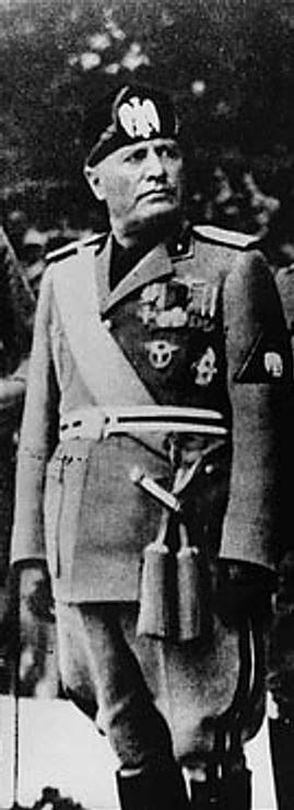 Benito Mussolini ( 1883 - 1945 )