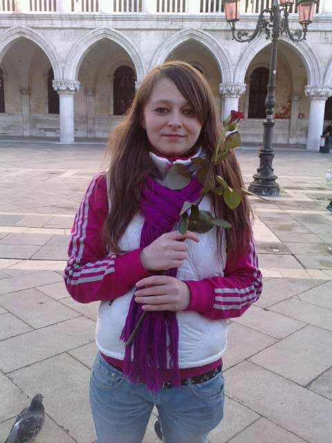 Moi a venise avec une rose!!!