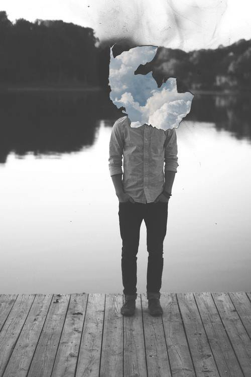 Oublie pas, si chacun de nous est seul, nous sommes unis dans notre solitude...