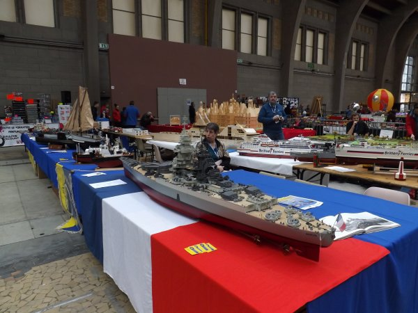 cherbourg divers stands