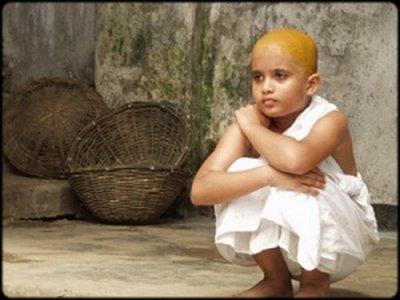 Les Veuves Blanches ...Dans un pays haut en cOuleurs: l'Inde.