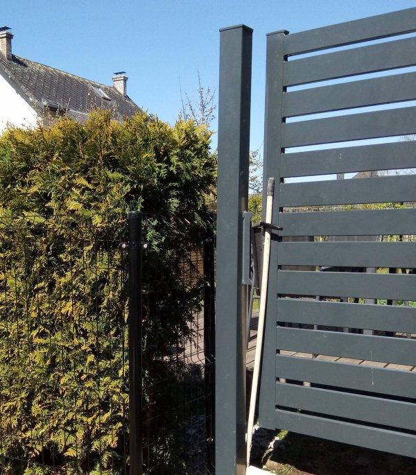 Réalisation d'une clôture anthracite de 1m20 de hauteur à Ciney