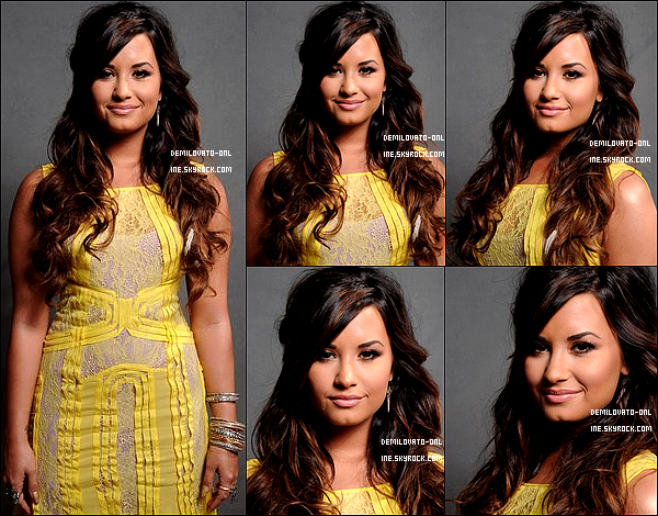 . Event : Love her dress ! . 07/08/11: Photoshoot portrait réalisé par Kristian Dowling lors des Teen Choice Awards 2011.    .