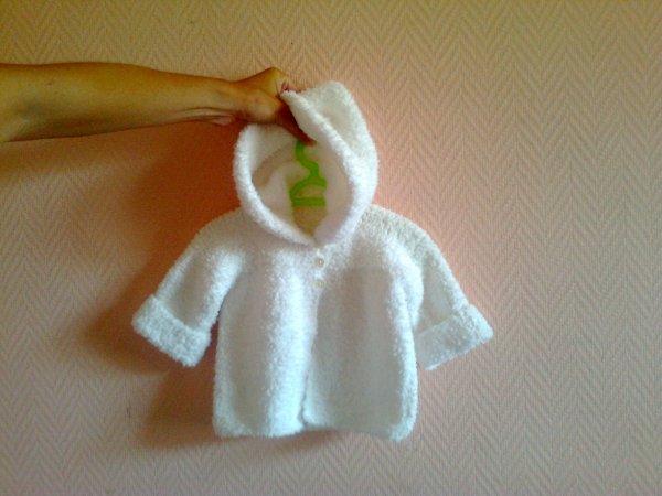 """mon dernier encours terminé """"gilet bébé"""", pour mon futur petit enfant..."""