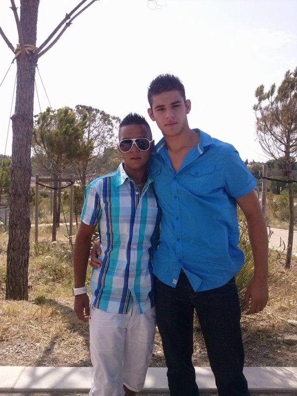 mon frère et mon cousin