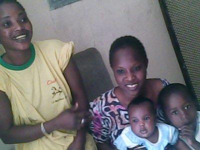 KHADYTIM ET SA FAMILLE
