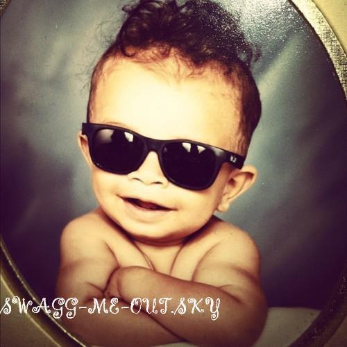 #SWAG CASSIE JEREMY SCOTT BLING HAIR SUPREME BABY LOCK'S