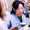 Cristina... toujours en train de manger !