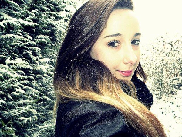 « Le bonheur est comme la neige : il est doux, il est pur et... il fond. »  Claire Malesset