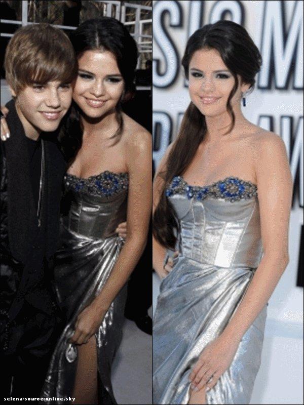 Le 12 septembre 2010 : Selena dans toute sa splendeur était présente aux MTV Vidéos Awards.
