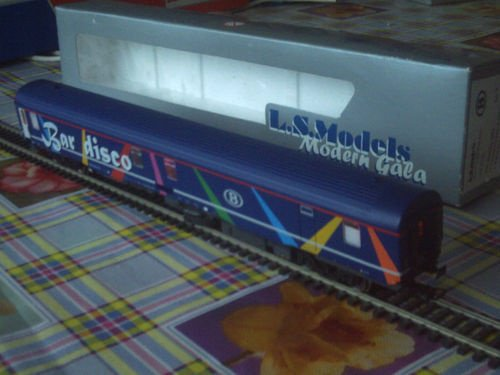 SNCB NMBS BAR DISCO SR2 LS Models MP3 + Leds Ambiance HO ( PHOTO 13 )