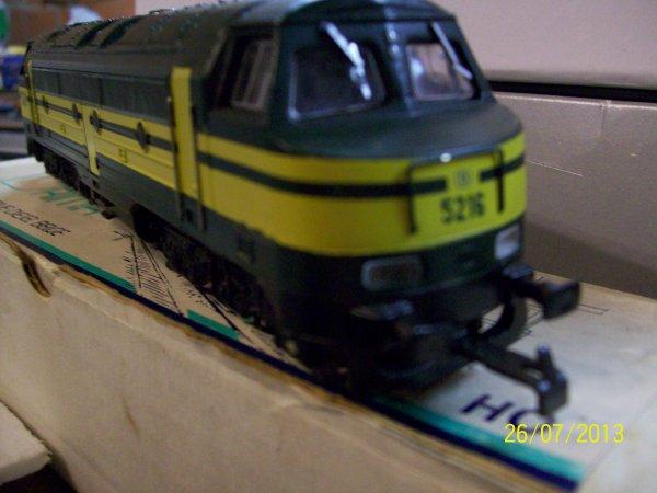 notre locomotive Brima ( cabine flottante ) série 62 toute en métal et bois sous les bogies !!!