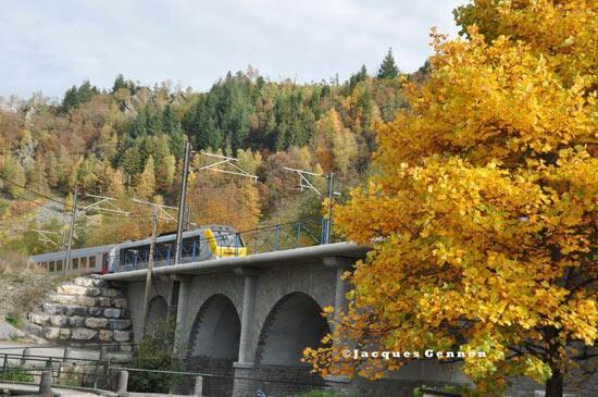 Locomotive série 13 dans un magnifique décors