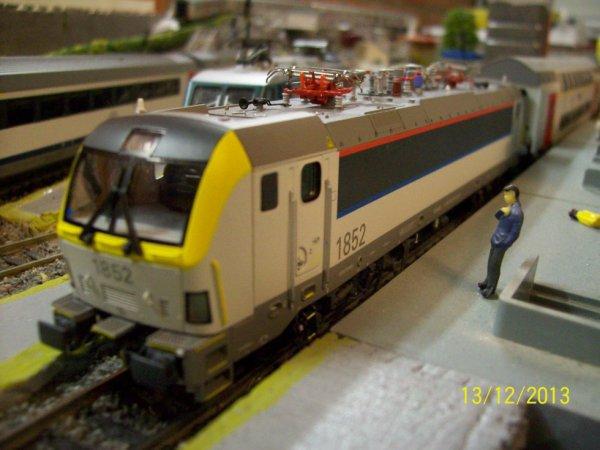 notre locomotive ls models série 18 est revenu de réparation de l'usine Modern Gala en Chine