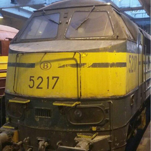Locomotive diesel série 52 ( cabine flottante )