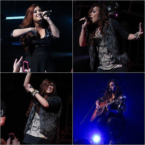 29/11/11 : Demi a effectuer son concert au Peabody Opera House