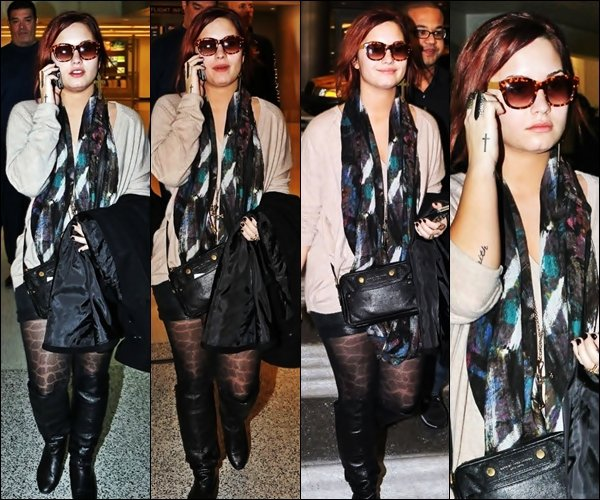 10/12/11 : Demi a eu le droit a une soirée du bal Y100 Jingle 2011 à Miami