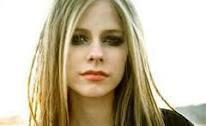 """Imaginez ! """"Avril Lavigne"""" épouse """"Bruno Mars"""" ! Elle s'appelerait donc """"Avril Mars"""" !! :D"""