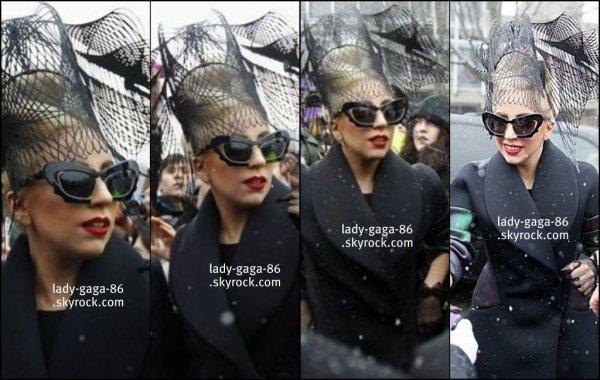 29/02/12 - Lady Gaga aperçue arrivant à Harvard pour l'inauguration de la BornThisWayFondation.
