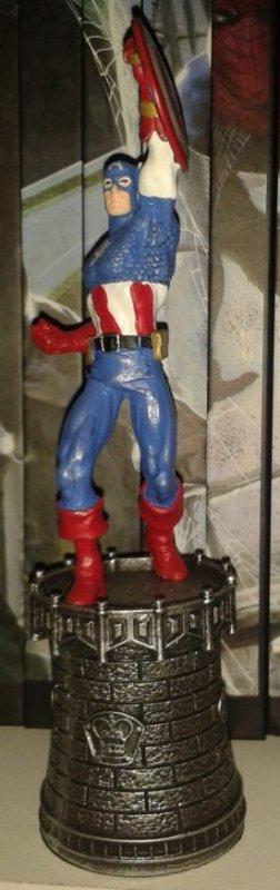 Figurines jeu d'échec Marvel