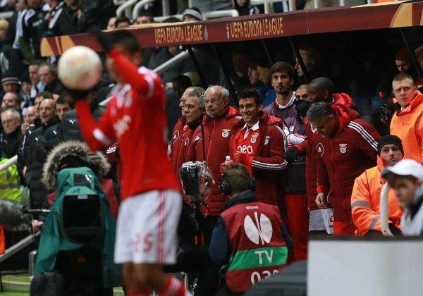 Tout simplement magnifique, SL BENFICA en demi-finales de la UEFA Europa League !!!!!!!!