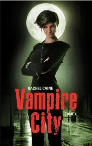 """Chapitre 26 : Vampire city• 12 volumes prévus• """" Sauve ta peau d'abord, lui dit Shane. Tu pleureras ensuite. – Le slogan idéal pour Morganville.  """""""