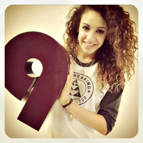 .  Danielle-Claire-Peazer ♦  Ta Source Sur la sublime Danielle Peazer !.