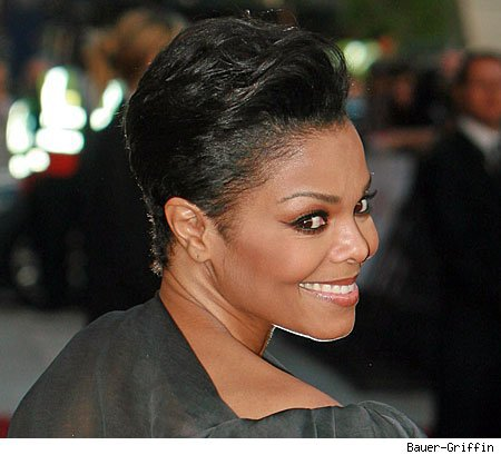 je l'aime ma janet en cheveux court (RIP KING OF POP)