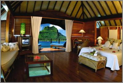 l 39 interieur d 39 une maison a tahiti le paradis voyage voyage. Black Bedroom Furniture Sets. Home Design Ideas