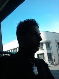 Theo   &    10 août     &     CAP Vente   &    Celibataire      &  FaceBook .
