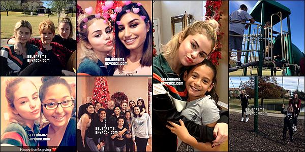 ○ Selena à été vu avec sa famille pour Thanksgiving au Texas. Le 24 / 11 / 2017. Sa tenue est très simple mais je trouve que sa lui va bien. Je lui donne un Top et Vous ?