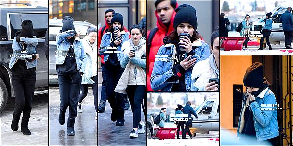 """○ Selena à été vu quittant """" Hot Pilates """" avec Justin Bieber à West Hollywood. Le 03 / 01 / 2018. Sa tenue est simple mais j'aime bien. Je lui donne un Top et Vous ?"""