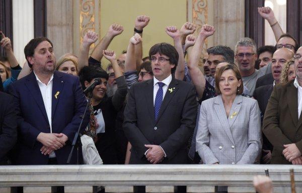 Catalogne: Huit membres du gouvernement catalan destitué placés en détention provisoire