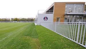 Le camp des loges ,centre d'entrainement du PSG